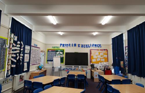 eLight Purley oaks classroom lighting